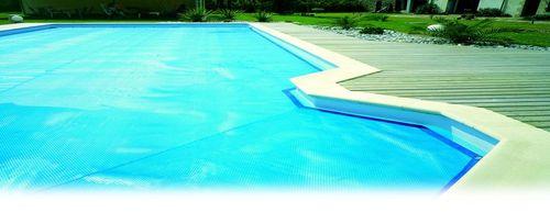gain de température avec une bache à bulles Bache piscine solaire