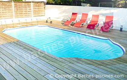 Bach piscine coque polyestere