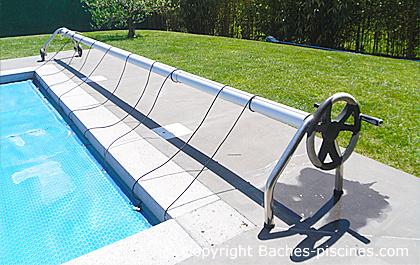Enrouleur de couvertures piscines baches for Volant enrouleur bache piscine