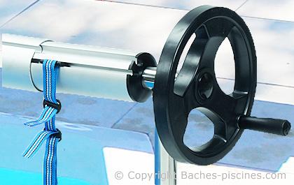 Enrouleur baches bulles de 4 5m for Volant enrouleur bache piscine