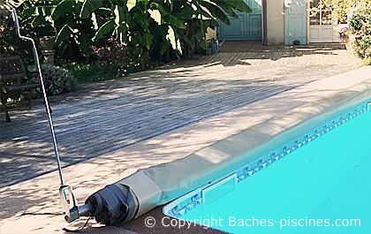 manivelle manuelle pour bache de piscine barres baches. Black Bedroom Furniture Sets. Home Design Ideas