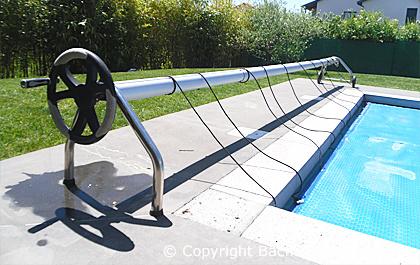 sandow pour bache piscine elegant entretien de piscine. Black Bedroom Furniture Sets. Home Design Ideas