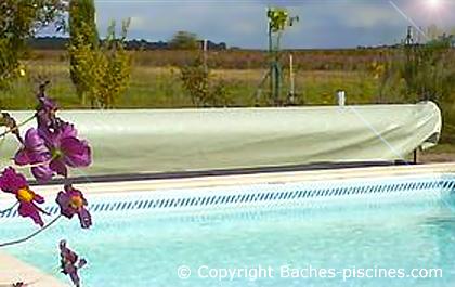 Accessoires et pi ces d tach es pour baches de piscines for Piece detachee pour enrouleur bache piscine