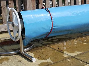 Bache reflechissante plastipack for Fixation bache a bulle sur enrouleur