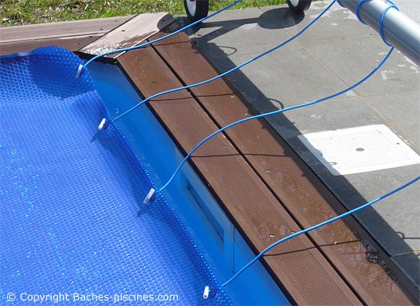 oeillets baches piscine. Black Bedroom Furniture Sets. Home Design Ideas