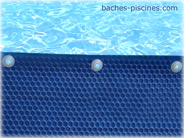 oeillets baches piscine