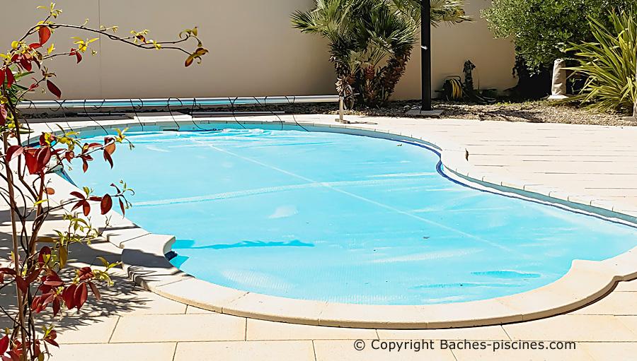 Couverture piscine à bulles sur mesure