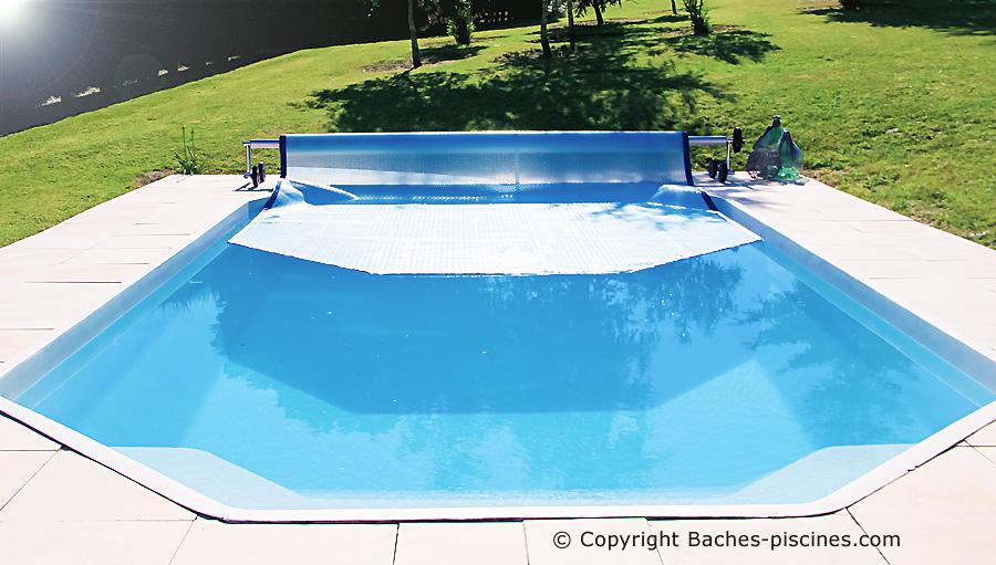 Bacche piscine à bulles sur mesure.