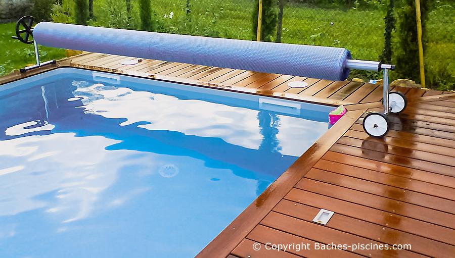 Enrouleur pour couverture été piscine