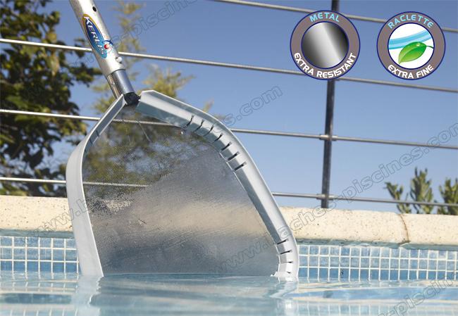 nettoyage eau piscine epuisette surface