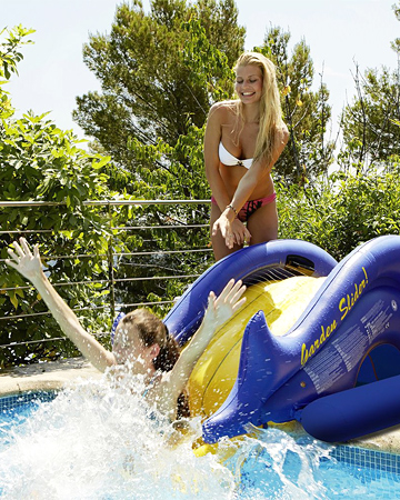toboggan jeux piscine